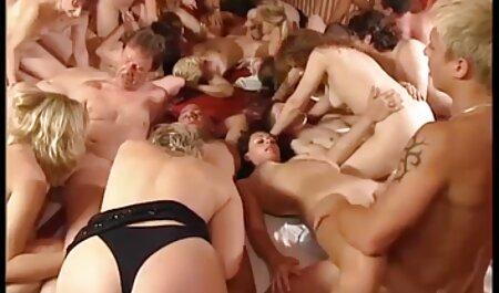 Tuyệt đẹp Brazil mảnh mai cơ thể, đít lớn và rôm rả phim sec hiep dam ba gia âm đạo fucked