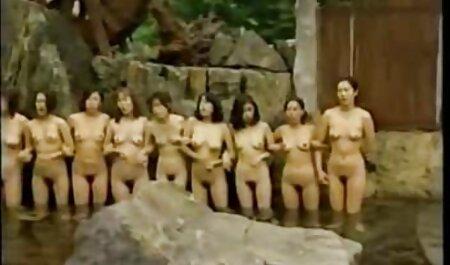 Momo Aizawa đã cạo twat liếm và phim sec ba gia fuck với rau