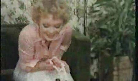 Tuyệt vời Victoria hoa hồng được lập dị với cô ấy phim sec lon ba gia đồ chơi